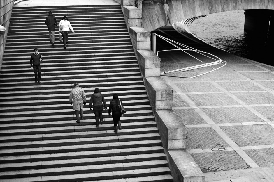 walking-stairs_derkzijlker_paris2011